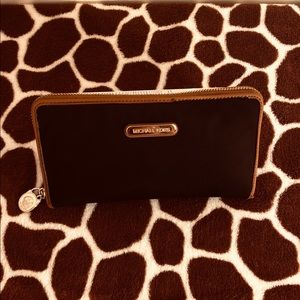 Michael Kors black and tan wallet